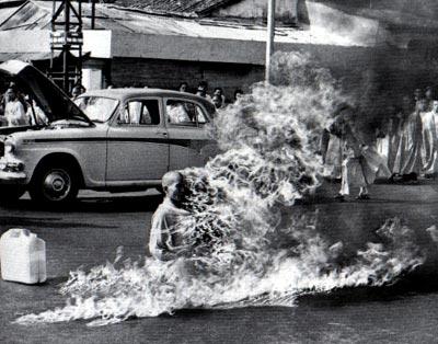 vietnam-monk-self-immolation.jpg